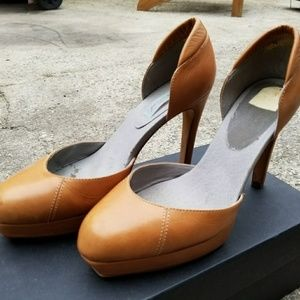 Geren Ford Heels Platform Camel Leather Jerry